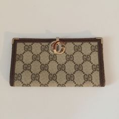 Gucci checkbook wallet Gucci checkbook wallet good condition Gucci Bags Wallets