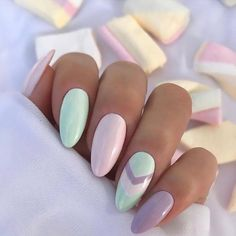 f r h bsche inspo N gel Nageldesigns Oster Ostern Pastellfarben perfekt sind Easter nail inspo Pretty pastel colors are perfect for Easter nail designs Oster Nagel Inspo H bsche Pastellfarben sind perfekt f r Ostern Nageldesigns Classy Nails, Simple Nails, Trendy Nails, Stylish Nails, Oval Nails, My Nails, Simple Nail Designs, Nail Art Designs, Shellac Designs