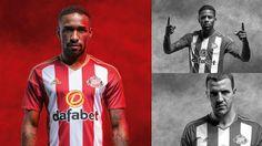 Le nouveau maillot de foot Sunderland vante traditionnelles rayures rouges et blanches du club.