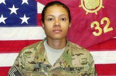 Resultado de imagem para woman soldier in afghanistan