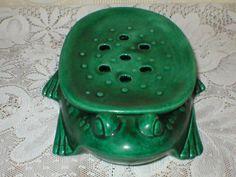Vintage Flower Frog Green Ceramic Frog McNees by vintagegifts