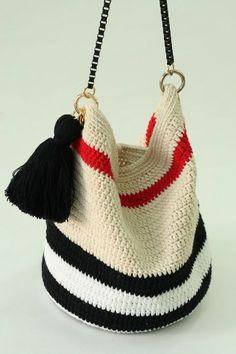 Marvelous Crochet A Shell Stitch Purse Bag Ideas. Wonderful Crochet A Shell Stitch Purse Bag Ideas. Thread Crochet, Diy Crochet, Crochet Stitches, Crochet Handbags, Crochet Purses, Crochet Bags, Big Tote Bags, Purses And Bags, Crochet Market Bag