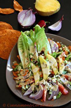 Mango Tortilla Salat mit Datteln, Cranberries & Feta - Cinnamon&Coriander