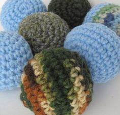 crochet cat toys- i need to try this