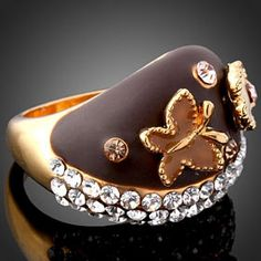 Did you ever hear about Chocolate Fashion? Chocolate Rings, Chocolate Fashion, Artisan Chocolate, Cocoa, Cowboy Hats, Bling, Brown Brown, Accessories, Brownies