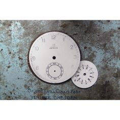 Vintage. Clock faces. White. Old. Steampunk. Old watch parts. For art. (20 PLN) ❤ liked on Polyvore featuring home, home decor, white home decor and white home accessories