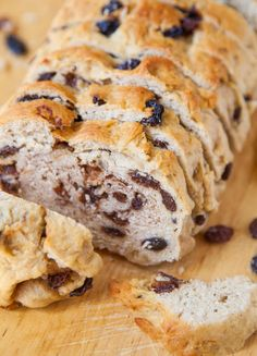 Raisin Bread for Raisin Lovers - Nothing skimpy about the raisin quantity in this easy, moist, soft & sweet loaf