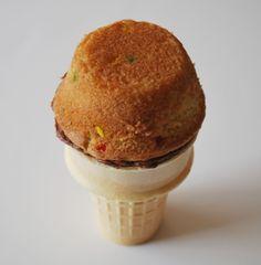 Buttercream Bakehouse: Ice Cream Cone Cupcakes