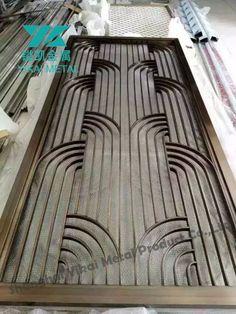 An Art Deco look, very cool Metal screen - bended pipe Metal Screen Doors, Metal Gates, Iron Doors, Iron Gates, Glass Screen, Steel Gate Design, Door Gate Design, Window Grill Design, Screen Design