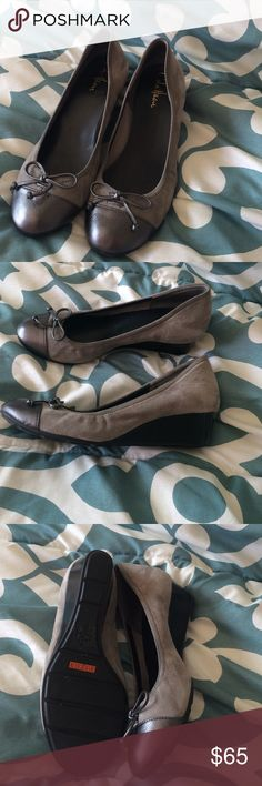 Cole Haan gray suede wedge shoes 8 Beautiful Cole Haan shoes in gray suede with darker gray leather toe cap. These are size 8 and in excellent condition. They have Nike air technology for great comfort. Cole Haan Shoes Wedges