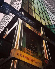 To 42nd and Lex please! . . . #midtown #Lexington #42ndstreet #directions #taxi #NYC #ShareYourCity #hotel #glass #streetsigns #ManhattanBallroom #GoGrand #Manhattan #corner #nextstop #ILoveNY #newyork #newyorkcity #nycprimeshot #newyork_instagram #thisisnewyorkcity #what_i_saw_in_nyc #welovethiscity #seeyourcity #nbc4ny #abc7ny #fox5ny #huffpostgram