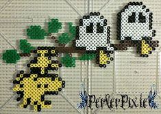 I'm kinda sad that October is coming to an end... Meh, even with Halloween over I'll still make some creepy/cute themed perlers!! HAPPY HALLOWEEN EVERYONE!! So here's Woodstock and his friend...