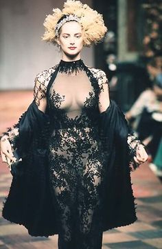 Honor Fraser, Christian Lacroix F/W 1998 Haute Couture www.fashion.net