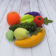 Your place to buy and sell all things handmade Etsy Handmade, Handmade Crafts, Handmade Items, Felt Fruit, Pretend Food, Wooden Basket, Funny Toys, Montessori Toys, Happy Kids