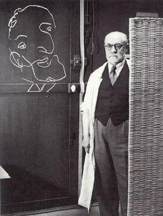 The chalk portrait of Picasso that Henri Matisse drew blindfolded. Photograph by Brassaï.