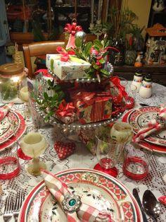Christine's Home and Travel Adventures: Christmas Centerpiece Copycat