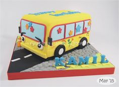 Graciella Cakes Birthday - Manye Cake - Wedding Cupcake & Cake - Bandung Online CakeShop: The Wheel on the Bus for Kamil