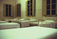 """Centro di Relazioni Umane  - foto di MASSIMO GOLFIERI – """"Esterni in Interno"""" -"""