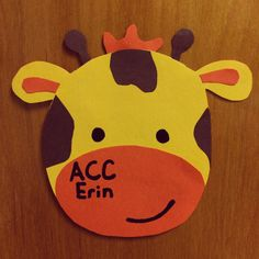 Giraffe Door Dec made by my RA - turn it into a cow: I'm so glad you've moooved in! Jungle Door, Jungle Theme, Dorm Name Tags, Ra Door Tags, Dorm Themes, Cubby Tags, Dorm Door Decorations, Door Decks, Resident Assistant