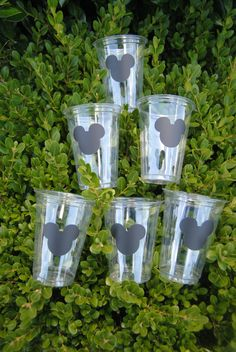 12 Mickey Mouse Party Cups