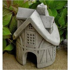 Toad Tavern Garden Statue - Garden Statues at Hayneedle Clay Houses, Ceramic Houses, Ceramic Birds, Ceramic Clay, Pottery Houses, Slab Pottery, Ceramic Pottery, Ceramics Projects, Clay Projects