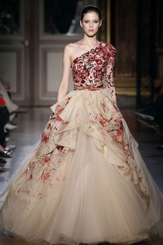 romantic fabric and patterns -Zuhair Murad F/W 2011