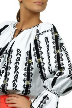 Ie Traditionala Romaneasca Maneca Lunga Motivul Transilvania Sleeves Designs For Dresses, Sleeve Designs, Palestinian Embroidery, Ethnic Outfits, Folk Embroidery, Traditional Dresses, Fashion Dresses, Womens Fashion, Clothes