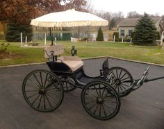 Immaculate Drop Front Ladies Phaeton. Horse Drawn