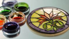 Stained glass cookie tutorial - not in english, but still helpful! Royal Icing Sugar, Sugar Cookie Icing, Royal Icing Cookies, Sugar Cookies Recipe, Crazy Cookies, Iced Cookies, Cut Out Cookies, Cupcake Cookies, Cupcakes