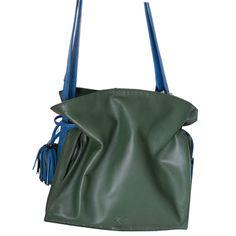 Visita nuestra selección de productos LOEWE en www.look-and-stop.com