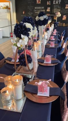 Diy Birthday Table, Birthday Party Centerpieces, Gold Birthday Party, Birthday Bash, Birthday Decorations, Dinner Party Decorations, Diy Wedding Decorations, Elegant Party Themes, Diamonds And Denim Party