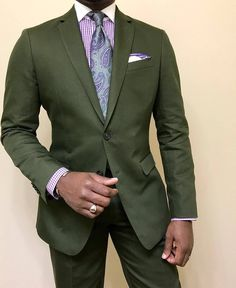 Stylish in green, @acuratedman MNSWR style inspiration || #menswear #menstyle #mensfashion #dapper #outfit #mensstyle