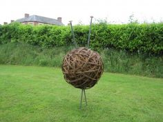 Love this willow ball and knitting needles