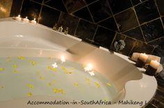 Luxurious bath at Mahikeng Lodge. http://www.accommodation-in-southafrica.co.za/NorthWest/Syferbult/MahikengLodge.aspx