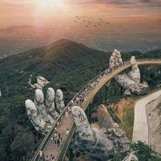 Giant Hands Raise Bridge in the Catherine Da Nang, Vietnam.- Giant Hands Raise Bridge in the Catherine ⛰ Da Nang, Vietnam. Photo by Jason G… Giant Hands Raise Bridge in the Catherine ⛰ Da Nang, Vietnam. Photo by Jason Goh - Da Nang, Vietnam Voyage, Vietnam Travel, Vietnam Tourism, Vietnam Vacation, Visit Vietnam, Destination Voyage, Travel Goals, Travel Trip