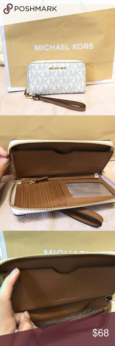 775a148bfbb5ee {MK} JetSet Clutch Wallet JetSet Items are one of Michael Kors's best  seller collections