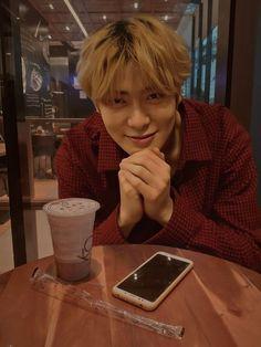 Future Husband, Future Boyfriend, Boyfriend Kpop, Kpop Couples, Valentines For Boys, Jung Yoon, Jung Jaehyun, Jaehyun Nct, Boyfriends