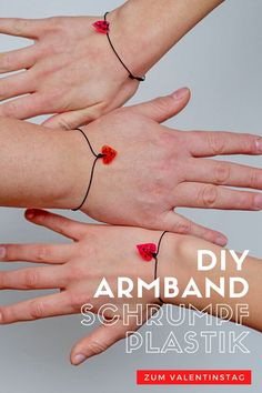 Upcyling: DIY Schrumpfplastik Herzarmbänder zum Valentinstag Armband Diy, Valentines Diy, Diy For Kids, Crafty, Tattoos, Easy, Jewelry Making, Funny Faces, Personalized Gifts
