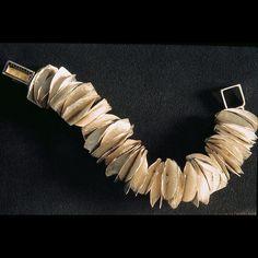 Klassen & Glanzer contemporary jewelry.