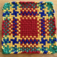 Potholder Loom, Potholder Patterns, Crochet Patterns, Weaving Looms, Weaving Patterns, Hand Weaving, Nifty Crafts, Crafts For Kids, Arts And Crafts