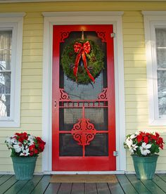 This door is perfection, especially at Christmas time.