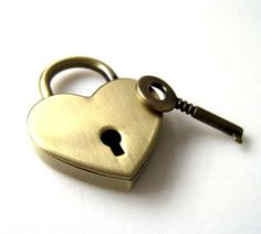 Brass Bronze Heart Lock Key Set for Hand Bag by handmadesgarden, $7.50