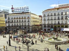 Fly me Away to #Madrid: Aproveite o fim de semana prolongado! | #FimDeSemana #FlyMeAway #PuertasDelSol #Flickr