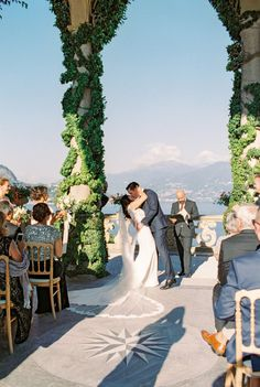 You may now kiss your bride: http://www.stylemepretty.com/destination-weddings/2017/02/10/villa-balbianello-lake-como-wedding/ Photography: The Cab Look Fotolab - http://www.thecablookfotolab.com/