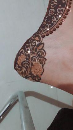 Rose Mehndi Designs, Legs Mehndi Design, Stylish Mehndi Designs, Latest Bridal Mehndi Designs, Full Hand Mehndi Designs, Henna Art Designs, Mehndi Designs For Girls, Mehndi Designs For Beginners, Mehndi Design Photos
