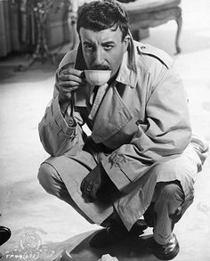 """as Inspector Jacques Clouseau in """"The Pink Panther"""" directed by Old Hollywood Movies, Classic Hollywood, Blake Edwards, Comedy Actors, Figure Photo, Vincent Price, British Comedy, Hooray For Hollywood, Pink Panthers"""