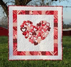 Valentine Quilting Patterns - Quilting and Patchwork Heart Quilt Pattern, Applique Quilt Patterns, Butterfly Quilt Pattern, Patchwork Patterns, Embroidery Patterns, Quilting Projects, Quilting Designs, Quilting Ideas, Sewing Projects