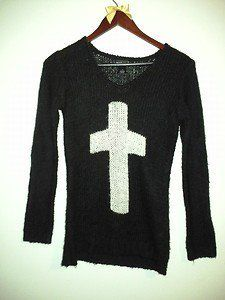 Im selling this sweater on ebay if interested!! Link: http://www.ebay.com/itm/251315168770?ssPageName=STRK:MESELX:IT&_trksid=p3984.m1555.l2649