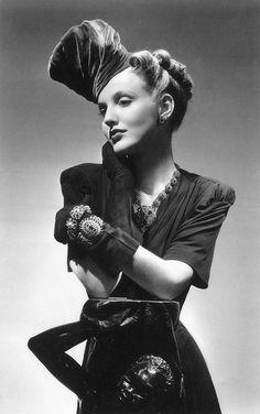 Vogue, September 15, 1938, photo by John Rawlings