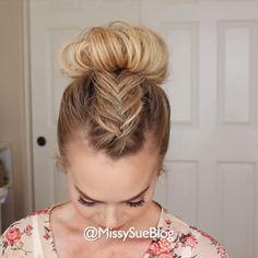 Dutch Fishtail Braid, Mohawk Braid, Curled Hairstyles, Girl Hairstyles, Hair Upstyles, New Haircuts, Hair Dos, Buns, Dyed Hair